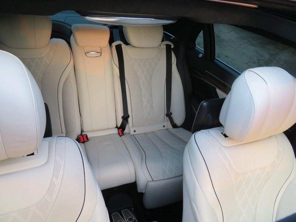 Mercedes S Class Chauffeur interior