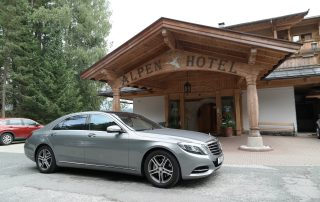 A52 Executive Cars Mercedes S Class picking up clients in Austria
