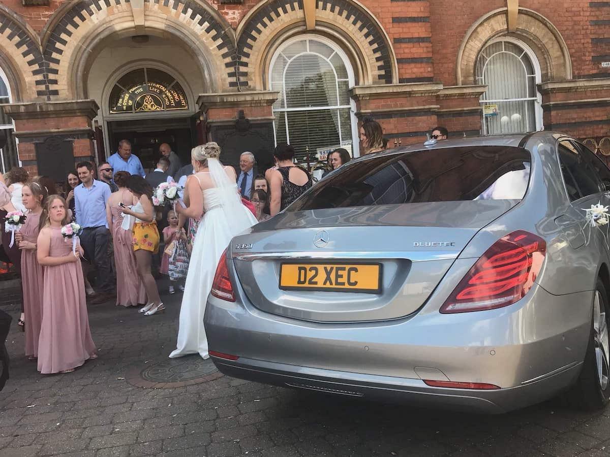 Ilkeston Mercedes S Class Wedding Car scene