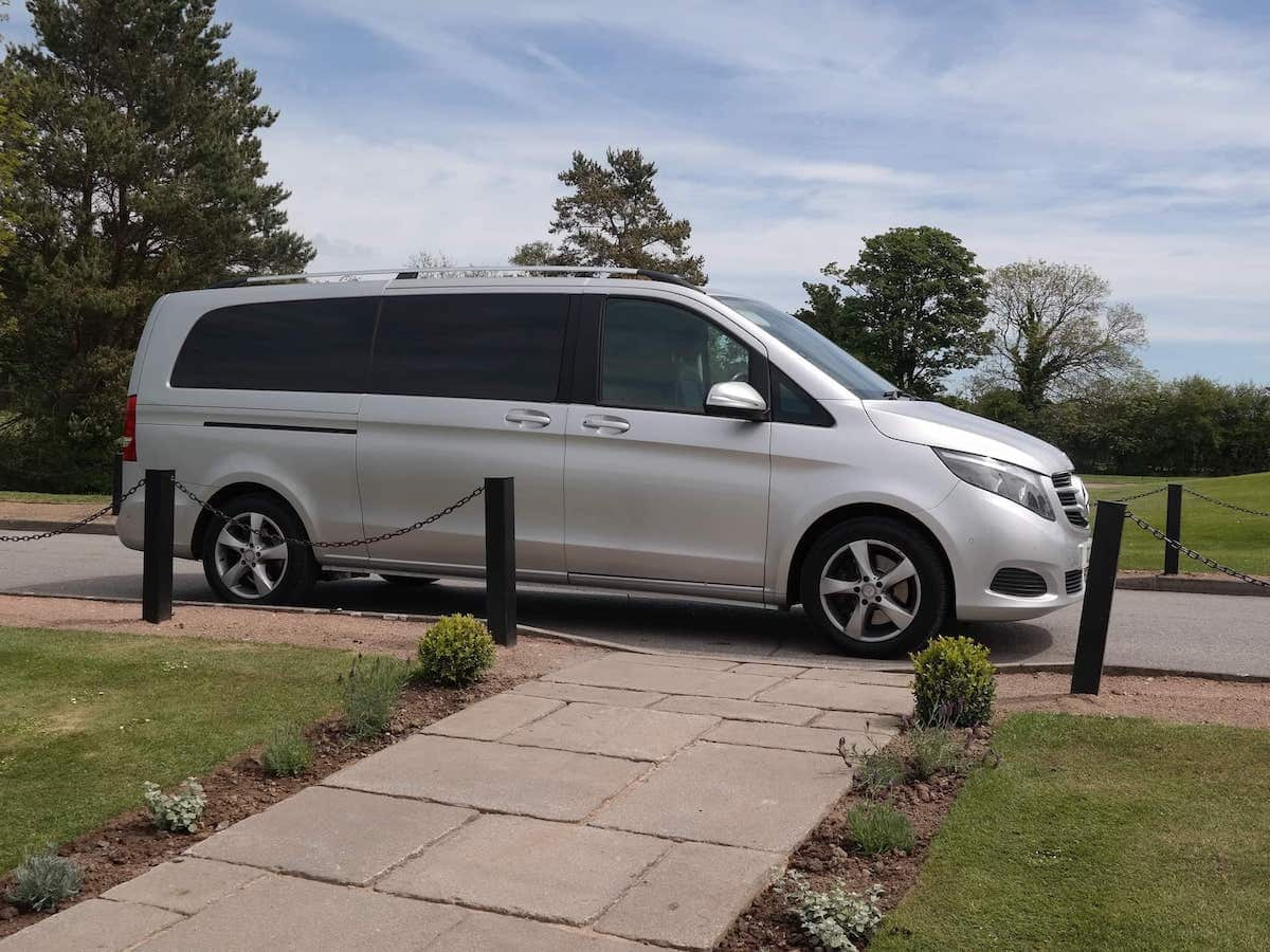 Mercedes V Class Minibus hire in Mickleover, Derby
