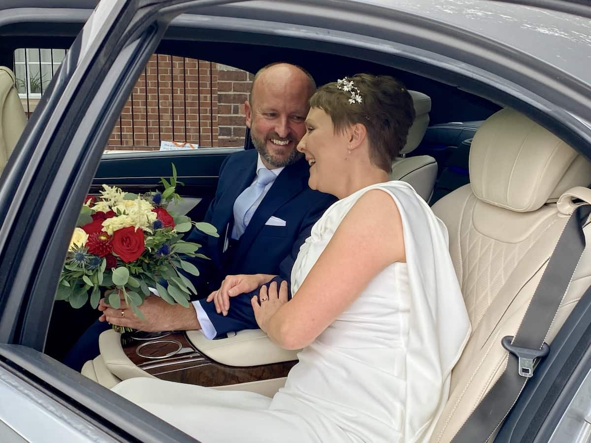 Bride and Groom in A52 Executive Cars Mercedes S Class