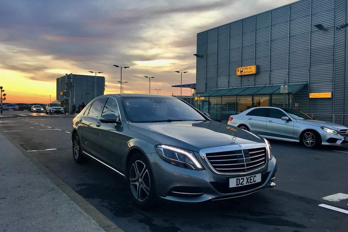 Our Mercedes S Class dropping Derby Airport Taxi clients at Heathrow Airport