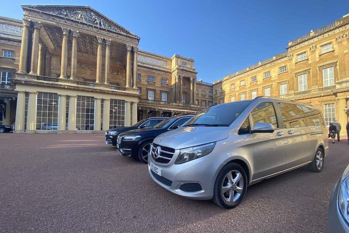 The Mercedes V Class Minibus Waiting at Buckingham Palace London to Derby Chauffeur